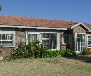 R 8,000 - 2 Bed Property To Rent in Glen Austin