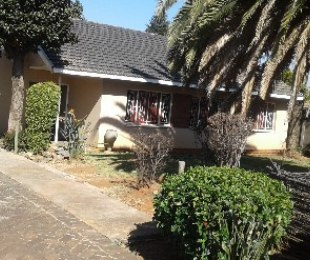 R 795,000 - 3 Bed House For Sale in Klopperpark