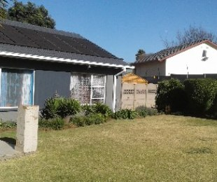 R 1,280,000 - 3 Bed Property For Sale in Marlands