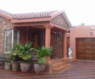 R 1,375,000 - 3 Bed Home For Sale in Klopperpark