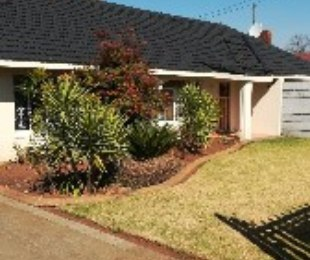 R 1,160,000 - 3 Bed Home For Sale in Risiville