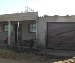 R 350,000 - 1 Bed Home For Sale in Tsakane
