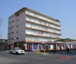 R 2,700 - 1 Bed Flat To Rent in Germiston Central