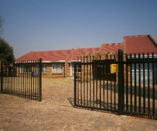 R 7,000 - 5 Bed Property To Rent in Bronkhorstspruit