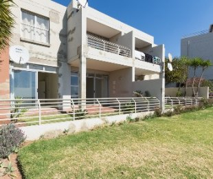 R 2,000,000 - 3 Bed Flat For Sale in Northcliff