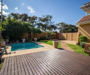 R 2,550,000 - 4 Bed House For Sale in Plumstead