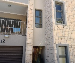 R 880,000 - 3 Bed Flat For Sale in Cashan
