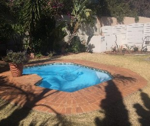 R 1,650,000 - 2 Bed Property For Sale in Kensington