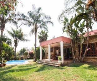 R 2,795,000 - 3 Bed House For Sale in Ferndale
