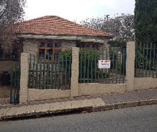 R 1,200,000 - 3 Bed House For Sale in Kensington
