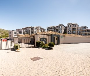 R 1,240,000 - 2 Bed Apartment For Sale in Diasstrand