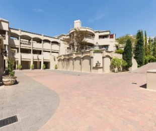 R 3,780,000 - 3 Bed Apartment For Sale in Hyde Park
