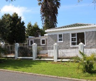 R 1,995,000 - 3 Bed Home For Sale in Goedemoed