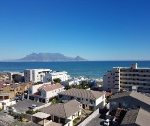 R 2,999,000 - 2 Bed Flat For Sale in Bloubergrant