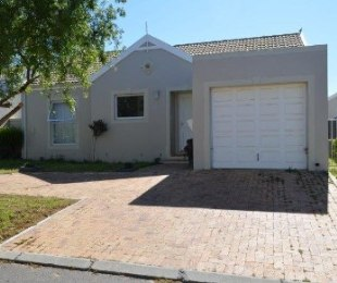 R 1,995,000 - 3 Bed Property For Sale in Pinehurst