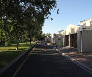 R 12,000 - 3 Bed Property To Rent in Dieprivier