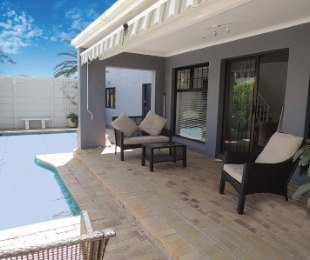 R 2,800,000 - 3 Bed House For Sale in Dieprivier