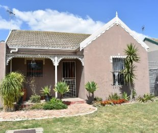 R 1,350,000 - 3 Bed Property For Sale in Joostenberg