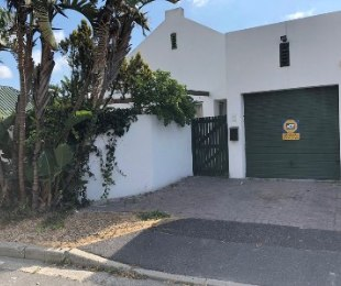 R 1,750,000 - 3 Bed House For Sale in Dieprivier