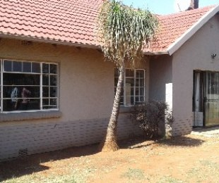 R 970,000 - 4 Bed House For Sale in Gerdview