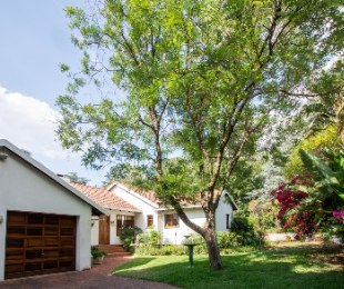 R 2,800,000 - 4 Bed Property For Sale in Norscot