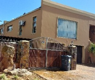 R 2,340,000 - 3 Bed Home For Sale in Langeberg Ridge