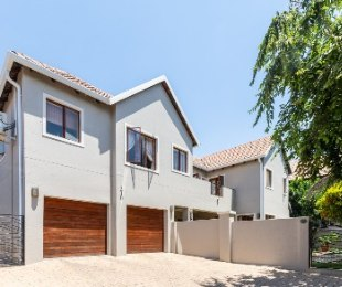 R 3,350,000 - 5 Bed House For Sale in Broadacres