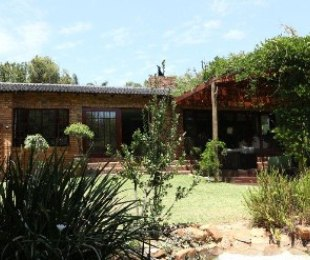 R 4,950,000 - 3 Bed Property For Sale in Boskruin