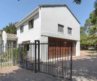 R 5,190,000 - 4 Bed Property For Sale in Paradyskloof
