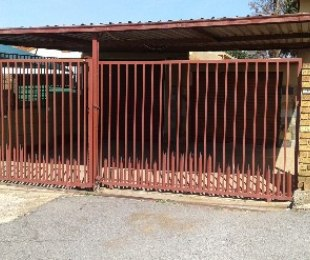 R 995,000 - 4 Bed Home For Sale in Gerdview