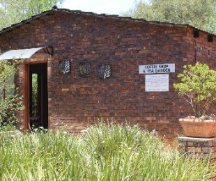 R 3,900,000 - 3 Bed Smallholding For Sale in Benoni Orchards