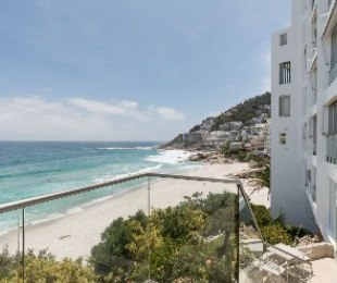 R 74,500 - 3 Bed Apartment To Let in Clifton