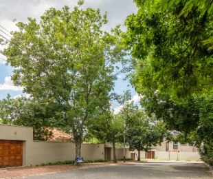 R 3,680,000 - 3 Bed House For Sale in Parkhurst