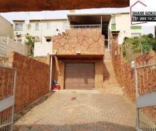 R 850,000 - 2 Bed House For Sale in Phoenix