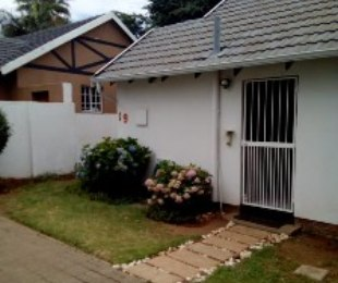 R 9,500 - 2 Bed Home To Rent in Northwold Gardens