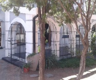 R 950,000 - 3 Bed House For Sale in Primrose