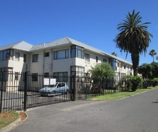 R 1,270,000 - 2 Bed Apartment For Sale in Bergvliet
