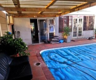 R 1,650,000 - 5 Bed Property For Sale in Ruyterwacht