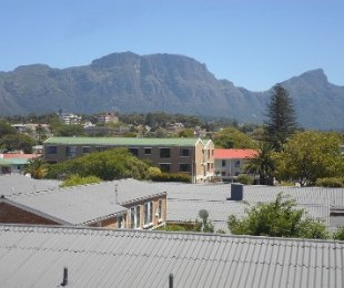 R 1,375,000 - 2 Bed Apartment For Sale in Plumstead