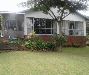 R 2,200,000 - 4 Bed Home For Sale in Queensburgh
