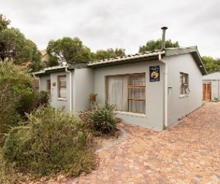 R 1,375,000 - 2 Bed Home For Sale in Palmiet