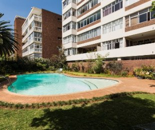 R 2,000,000 - 2 Bed Flat For Sale in Killarney