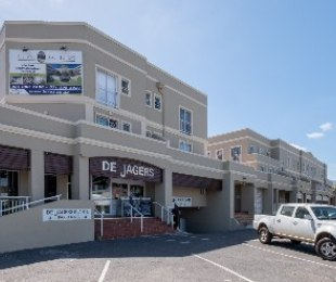 R 7,000 - 2 Bed Apartment To Rent in Stellenbosch Central