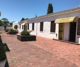 R 1,690,000 - 1 Bed Home For Sale in Harfield Village
