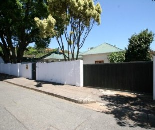 R 1,299,000 - 3 Bed House For Sale in Kensington