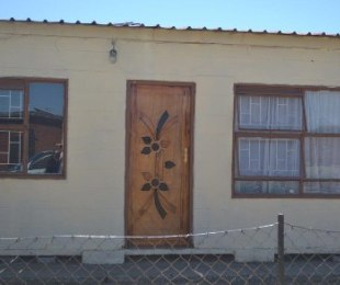 R 380,000 - 2 Bed Home For Sale in Thabong