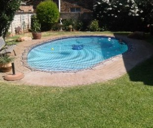 R 1,599,000 - 4 Bed House For Sale in Sunnyridge