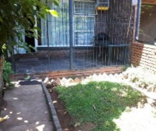 R 6,500 - 2 Bed House To Rent in Windsor