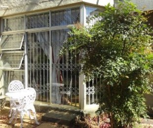 R 1,299,000 - 3 Bed Property For Sale in Jan Cillierspark