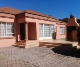 R 1,650,000 - 3 Bed Home For Sale in Lyttelton